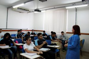 As aulas podem ser cursadas na forma presencial e semipresencial
